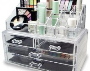 The Best Organizers to Use for Your Makeup Collection