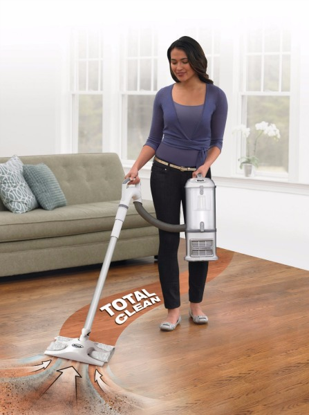 Shark Navigator NV356E Lift-Away Professional Vacuum Cleaner Review