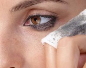 7 of the Most Powerful Makeup Remover Wipes With Cleansing Properties