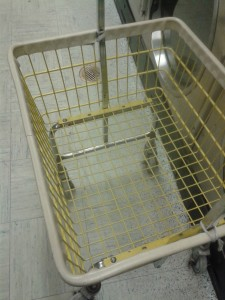 Dirty laundry cart